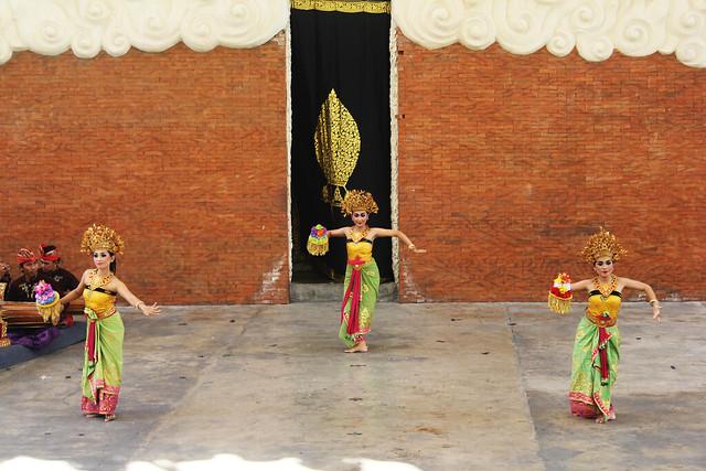 Balinese Dance at GWK