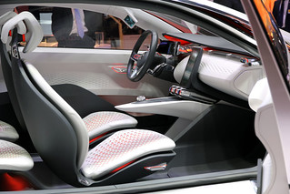 Renault-Eolab-concept-Paris-2014-03