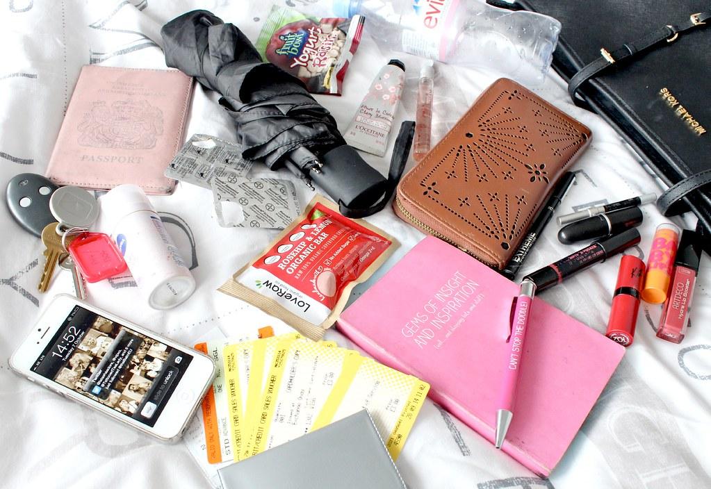 Michael Kors Jetset Zip Top Tote Handbag and Whats In My B