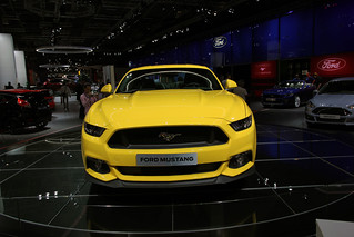 Ford-Mustang-Paris-2014-02
