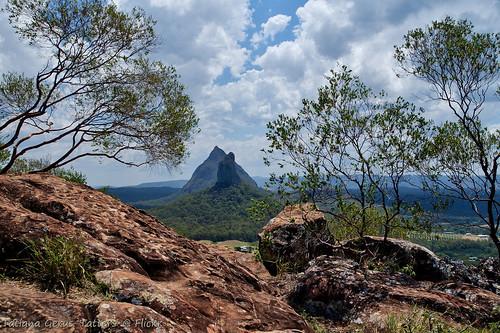 australia mountain glasshousemountains summit rocks oloneo