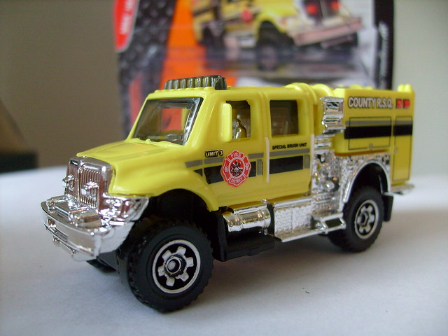 MATCHBOX 2007 INTERNATIONAL WORKSTAR BRUSHFIRE TRUCK NO3 FIRE DEPT VEHICLE COUNTY R.S.Q. 1/64