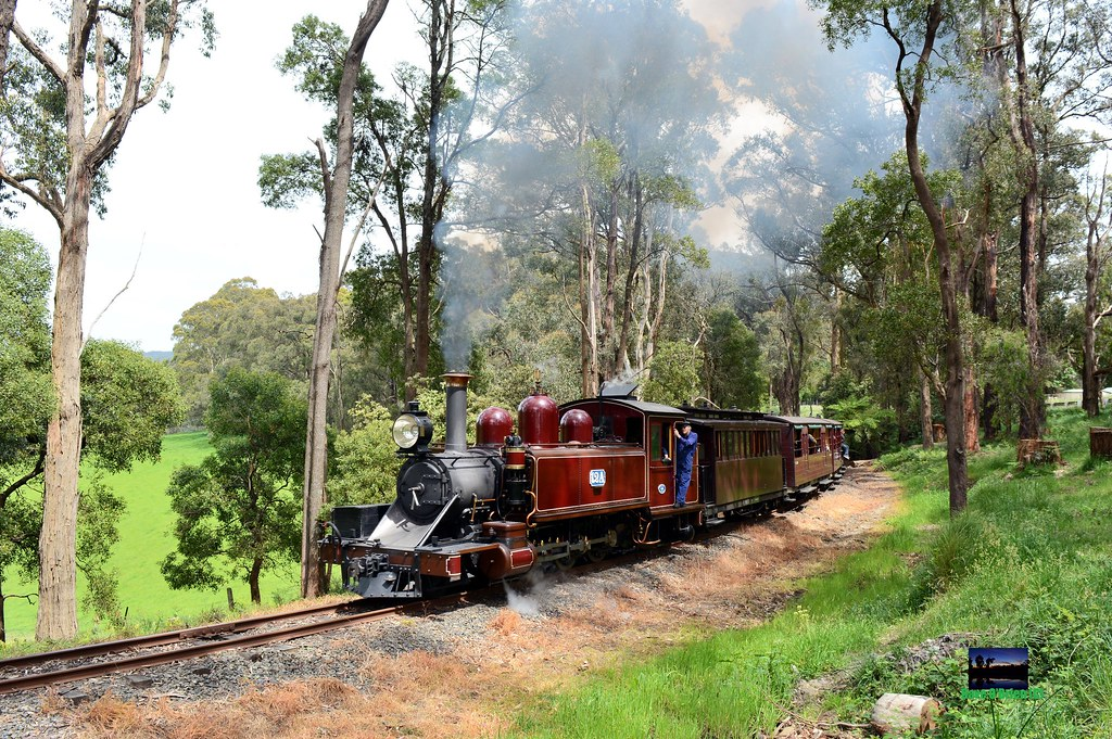 PBR 12A works upgrade with a Gembrook pass near Fielder. 26/10/14 by Dave O'Brien