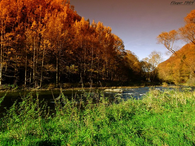 Autumn in the Vogtland on the magpie River / Herbst im Vogtland an der Elster