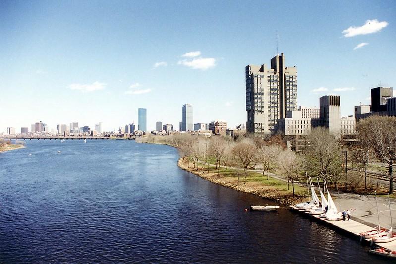Boston University: Charles River - View from BU Bridge