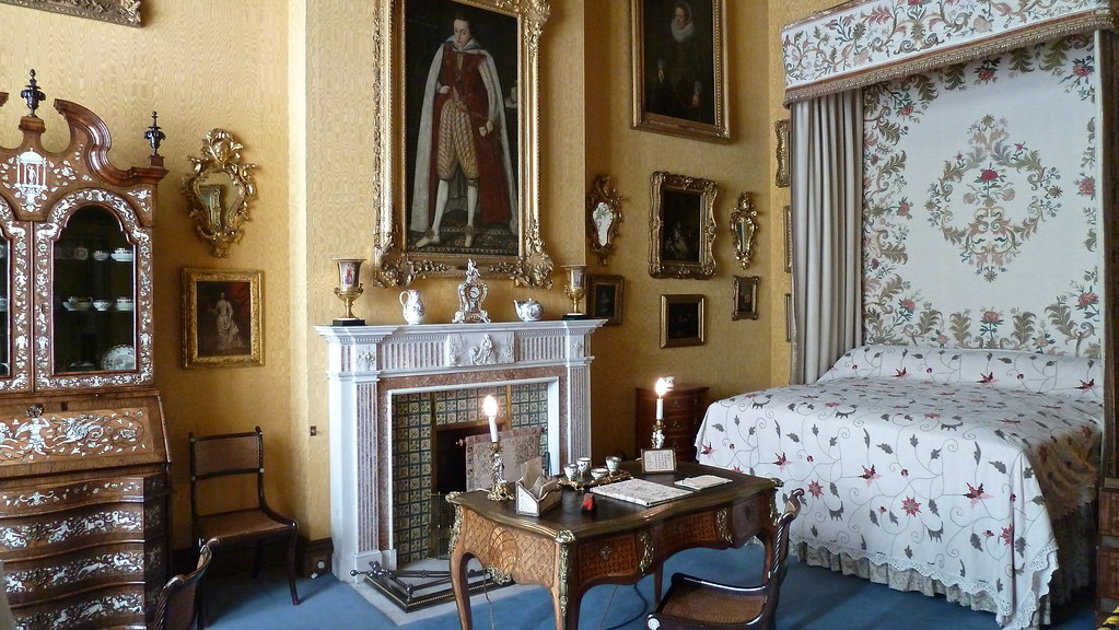 a bedroom at longleat  longleat house has 300 rooms and