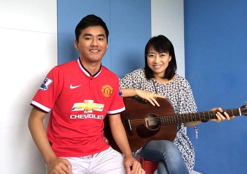 Beginner guitar lessons Singapore Hiow Yim