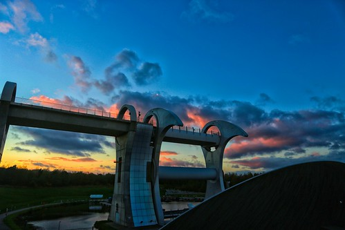 blue sunset sky scotland canal unioncanal forthandclyde sunsetcolor