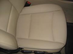 Asiento Copiloto. Limpieza de Cuero y carcasa asiento. Bmw Serie 3. Después