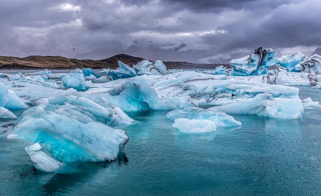 Glacier lagoon - jökulsarlon