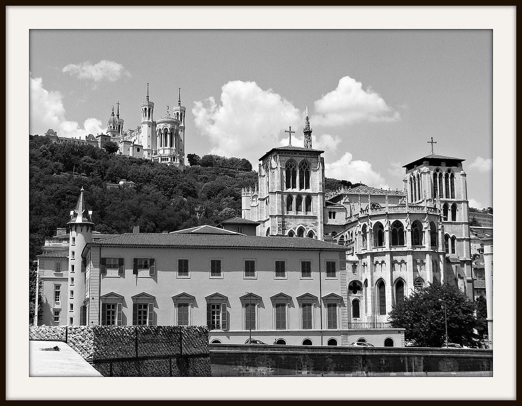 FRANCE -  unterwegs in Lyon,  Am Platz Bellecour,  Kathedrale Saint-Jean, 12001a/4132