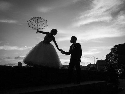 Love is in the Air... | by Thomas Leuthard