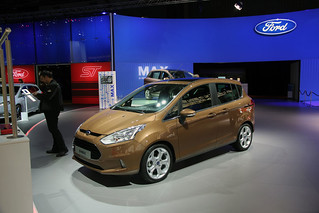 Ford-Max-Series-01