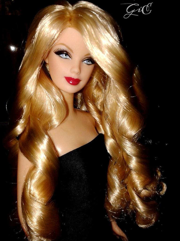 602e03aa12207 ... Barbie® Doll Loves Frankie Sinatra (reroot by me)