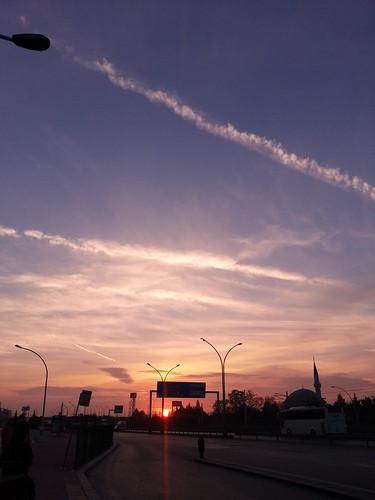 sunrise izmit turkye amanecer salidadesol otoño coloredeotoño nubesdecolores autumn ray light rayodeluz rayoflight