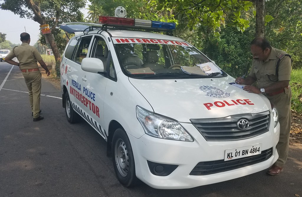 Kerala Police Toyota Innova Interceptor Radar Unit Flickr