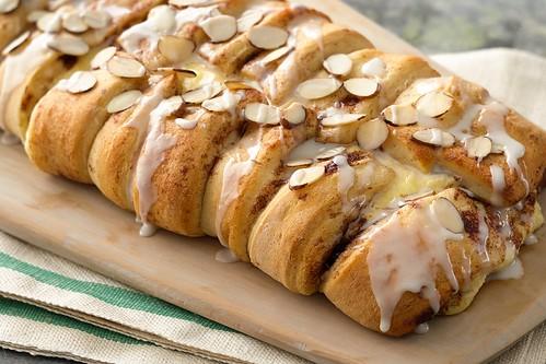 Macaroon braid- pillsbury bake-off | by cakespy