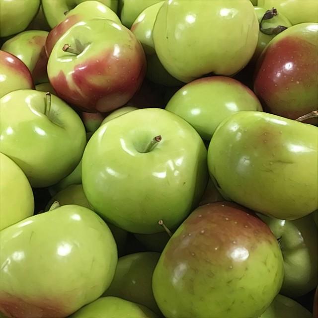 Lady Apples   $2.69/lb