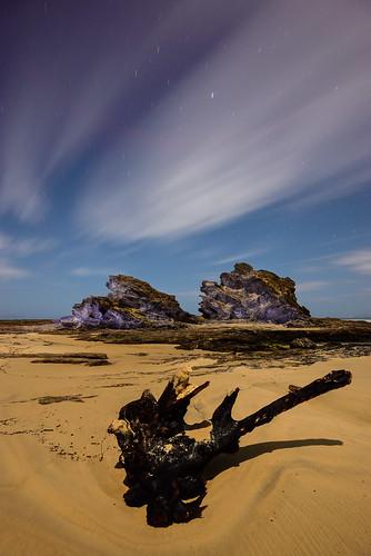 longexposure sky lightpainting rock night clouds stars australia newsouthwales moonlight nambuccaheads
