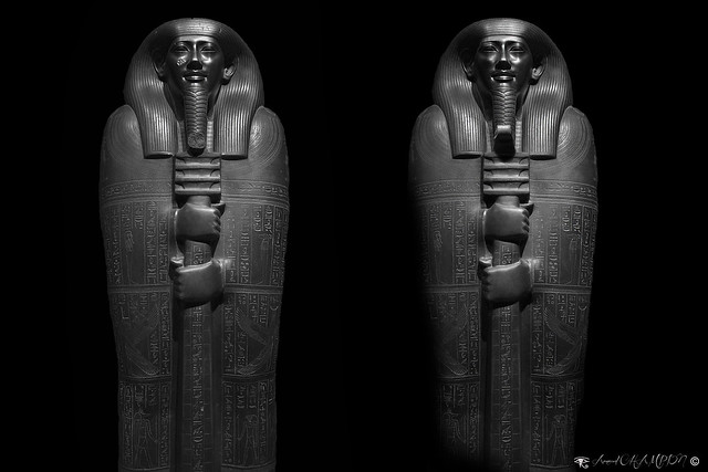 Sarcophage d'Ibi (before/after Photoshop)
