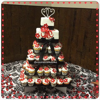 Red White Black Small 2 Tier Wedding Cake And Cupcakes W Flickr