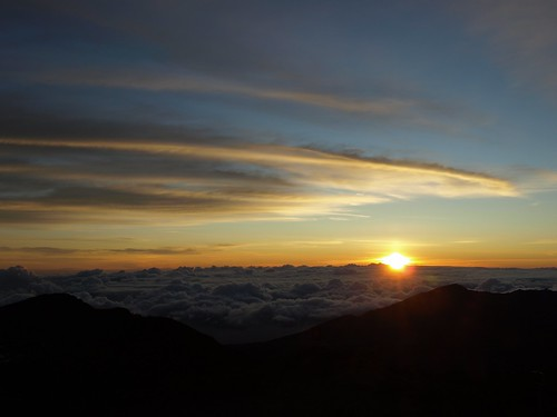 Sunup from Mount Haleakala east Maui Hawaii | by Jim Morefield