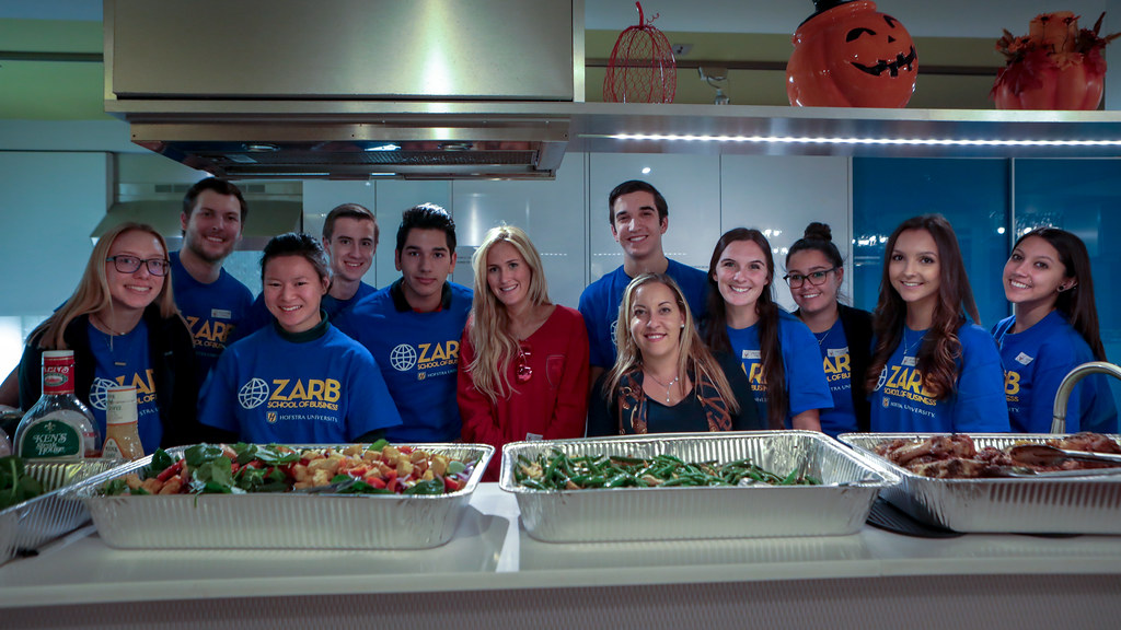 Zarb students volunteer at the Ronald McDonald House | Flickr