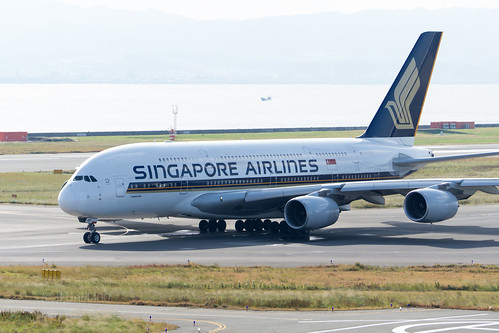 Singapore Airlines 9V-SKD | by kuni4400