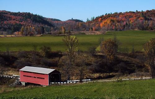 nature automne pont wakefield campagne couleur vallée meech ruisseau pontcouvert coloris ruisseaumeech