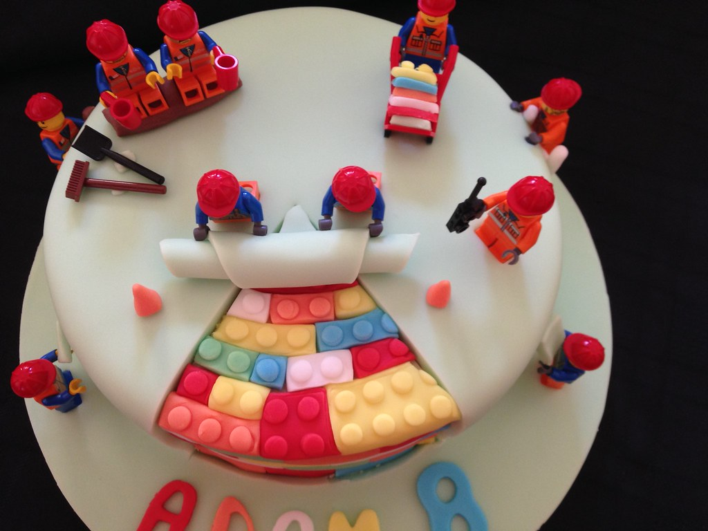 Phenomenal Lego City Construction Birthday Cake Debbie Windsor Flickr Birthday Cards Printable Inklcafe Filternl