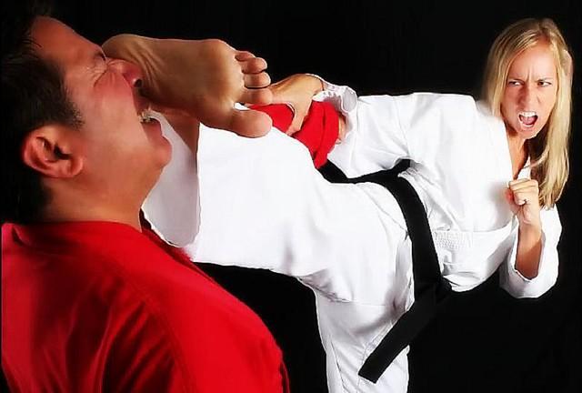 Naijiriya girls kick to man balls punch in pennis out sperm photo dowanload free pics
