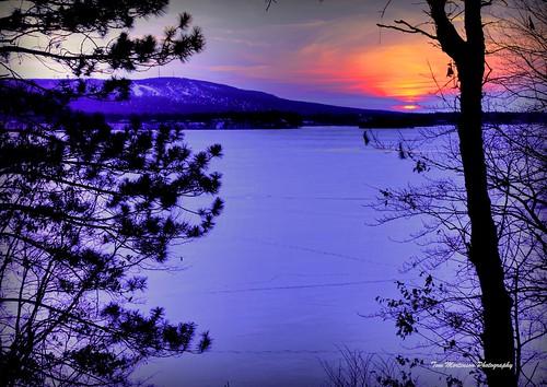 wisconsin wausau canon 6d digital sunset 24105l eos dusk frozen winter lake wi marathoncounty ribmountain lakewausau granitepeak centralwisconsin geotagged wausauwisconsin frozenlake granitepeakskihill canon6d midwest northamerica marathoncountywisconsin wisconsinstatepark statepark ribmountainstatepark wisconsinwinter twilight