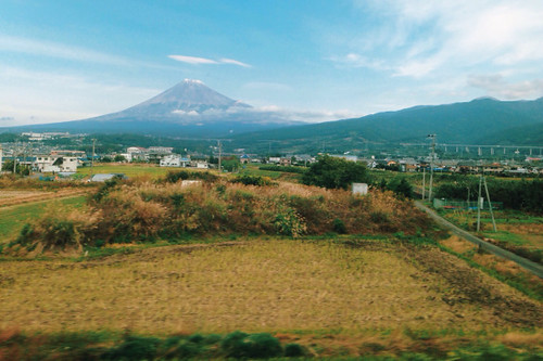 from road mountain japan fruit train photography photo fuji bullet shinkansen share tweet iphone mobilephotography