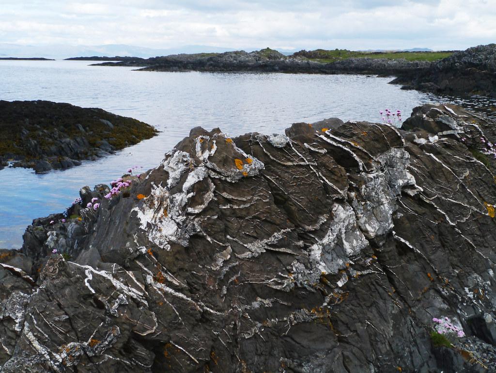 Metamorphic rocks, Puilladobhrain, Seil   Niall Corbet   Flickr