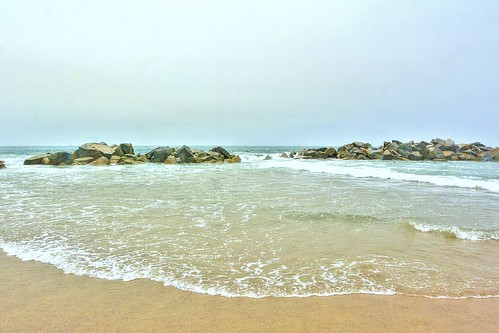 breakwater venicebeach abbottkinney 1905 beach waves pacificocean california rocks water waterpictorial sand joelach