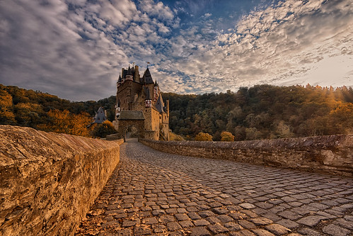 Burg Eltz HDR | by www.arternative-design.com