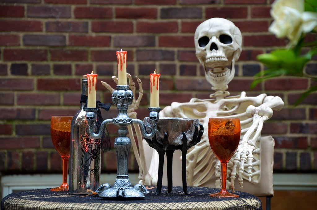 Halloween Table Settings On Burns Street | Also on 500px: 50