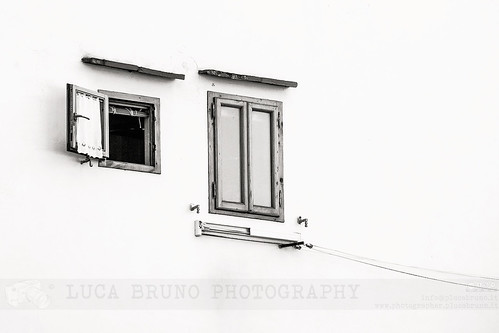Suspended windows