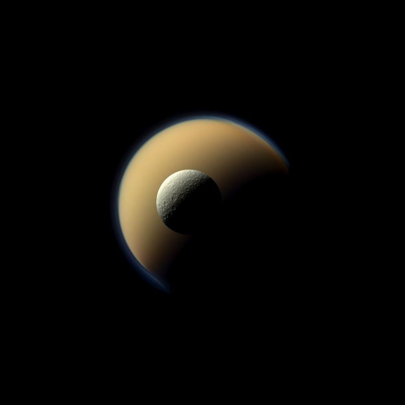 Icy rocks around Saturn