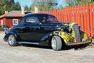 1937 Chevrolet De Luxe Sedan