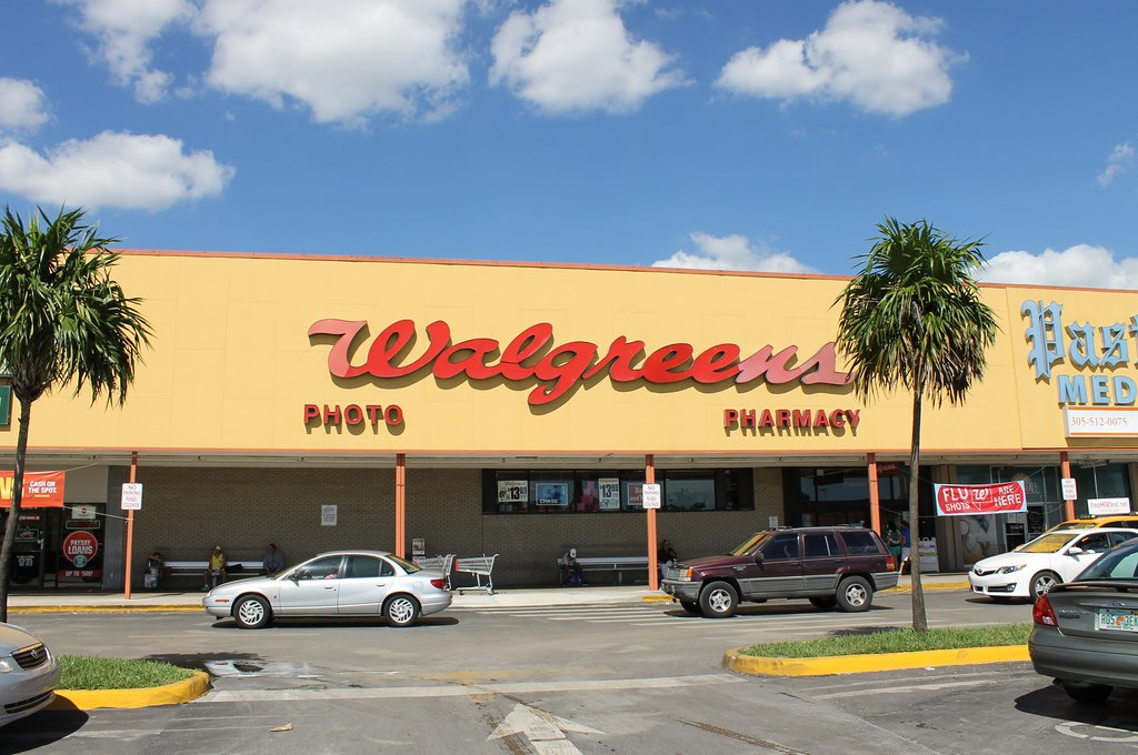 Walgreens | More photos from Central Shopping Center. A stri… | Flickr