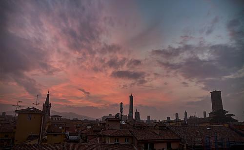 2016 anno tramonto viaacri bologna italia italy emiliaromagna sunset
