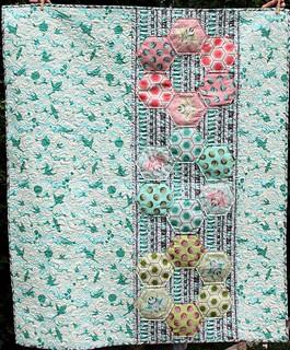 Bumblecomb Baby Quilt