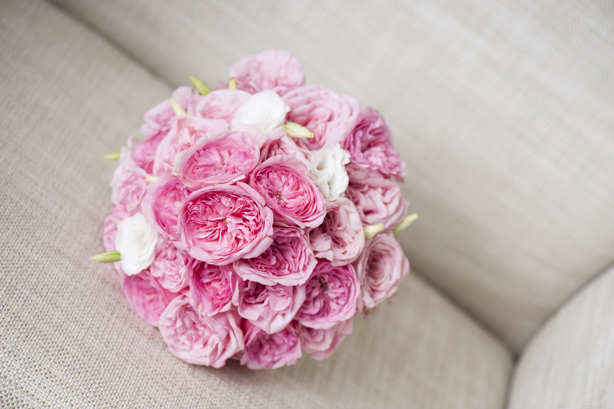 W-bb.13.       $150. Bride bouquet With garden rose