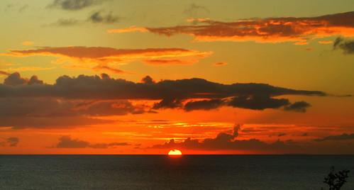 sunset sky sun netherlands clouds zonsondergang caribbean bonaire antilles netherlandsantilles antillen nederlandseantillen dutchcaribbean blinkagain bestofblinkwinners blinksuperstars caribbeannetherlands caribischnederland