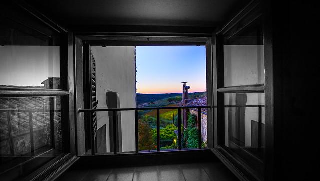 Windows View from Relais Vignale - Radda in Chianti - Toscana - Italia