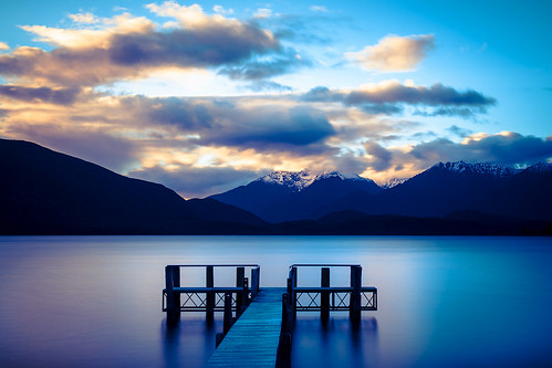 Lake Te Anau, Gate to the Fiordland, New Zealand | by Robin Favier Photographies