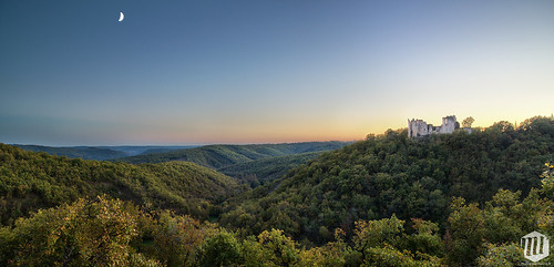 sunset sky france canon landscape eos lot ruine ciel chateau paysage hdr coucherdesoleil 6d midipyrenees ef24105 phorographie