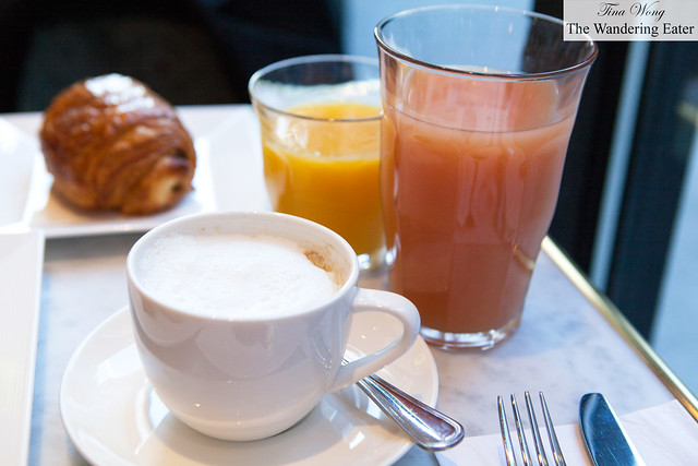 Juices and cappuccino