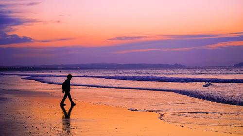 beach morningdawn seashore morninglight morningglow sal70300g morningbeach seascape theboyandthesea ilce7m2 boy seawaves